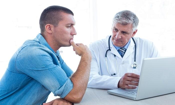При появлении побочной симптоматики прием препарата нужно прекратить и обратиться к врачу