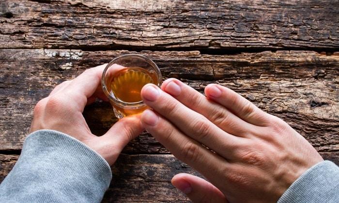 Но на время лечения лекарством рекомендуется отказаться от употребления спиртного