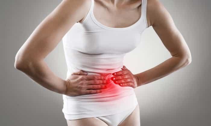 Если регулярно увеличивается количество левокарнитина, могут усилиться проявления побочных эффектов в виде боли в животе