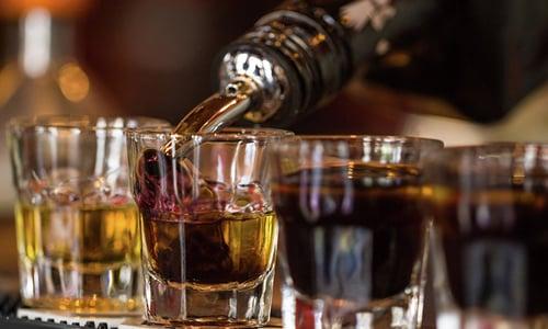 Л-карнитин можно сочетать с любыми продуктами и веществами, в том числе и со спиртными напитками