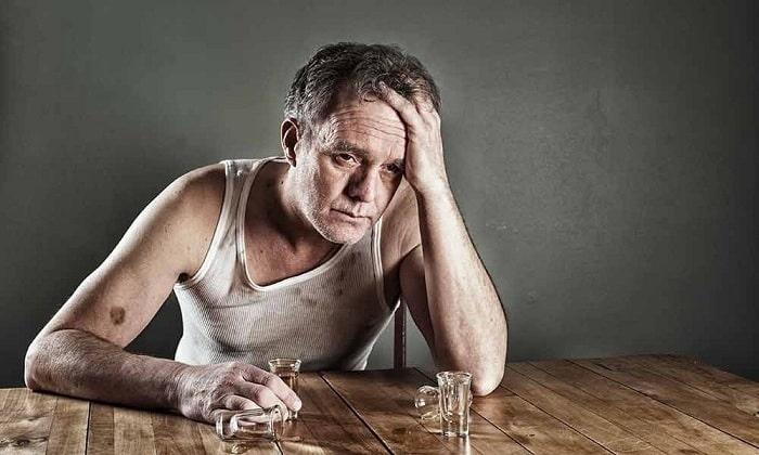 Бетусил рекомендуют использовать при алкогольной интоксикации