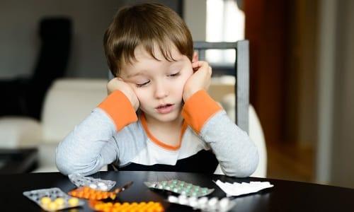 Лекарства нужно беречь от детей