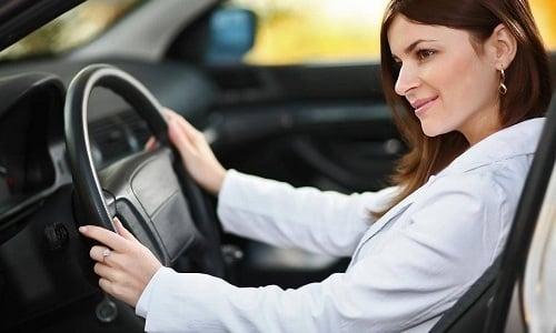 Людям, которые принимают Панзинорм, нужно соблюдать осторожность, управляя транспортным средством