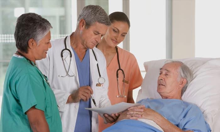 С целью профилактики развития гнойного воспаления препарат может быть назначен хирургическим больным в период до и после операции на органах брюшной полости
