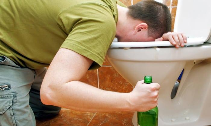 Также приём препарата приводит к непереносимости спиртосодержащих напитков