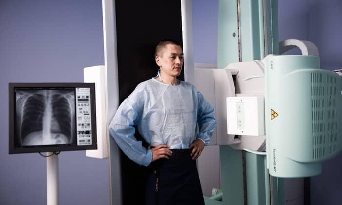 Препарат применяют при исследовании с помощью красящего вещества на рентгенографии