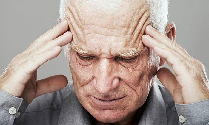 Противопоказанием препаратов Алмагель является заболевание Альцгеймера