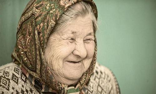 Людям в преклонном возрасте препарат полезен, т.к. он затормаживает процессы старения головного мозга