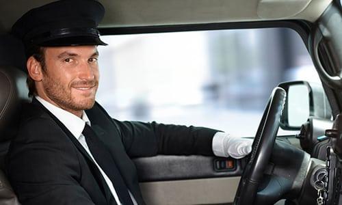 В период медикаментозной терапии рекомендуется воздержаться от управления автомобилем