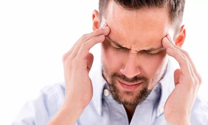 Побочным эффектом от Мидокалма может быть головная боль