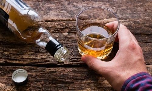 Если принимать одновременно и л-карнитин, и алкоголь, то это не вызовет никакой угрозы для организма человека