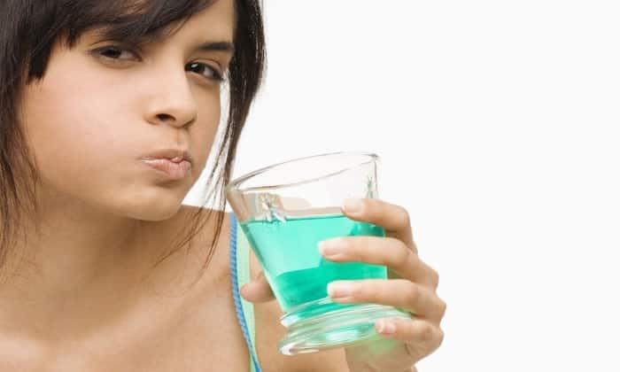В стоматологии Мексидол используют в виде полосканий полости рта 5% раствором