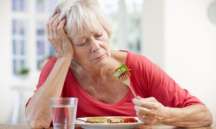При назначении в пожилом возрасте следует проконсультироваться с врачом